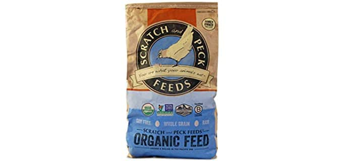 Cluckin' Good Organic Scratch 'n Corn for Chickens and Ducks - Feed for Chickens